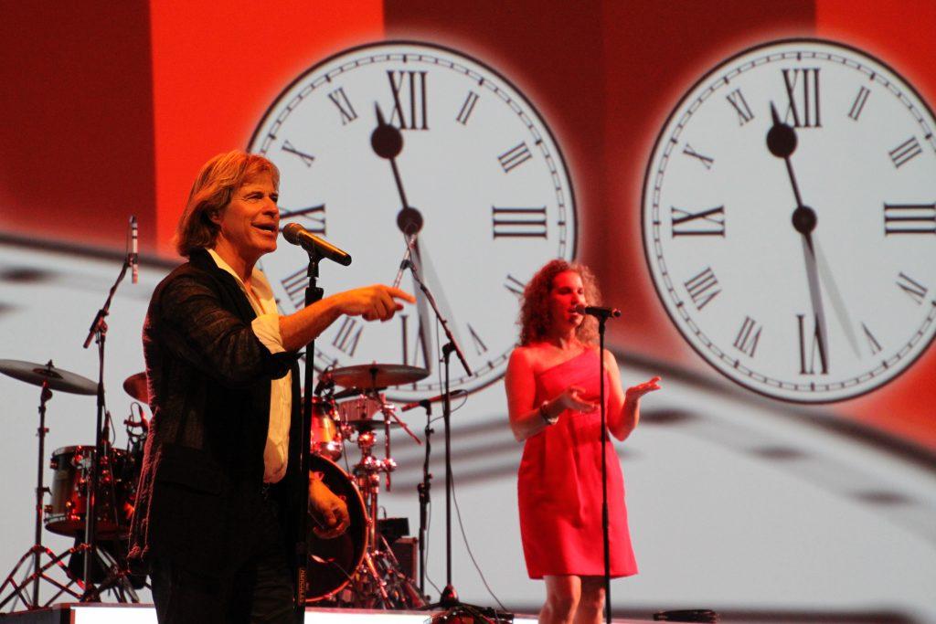 Hansi Hinterseer mit Sängerin Pia